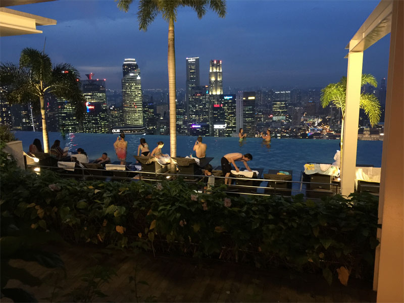 MARINA BAY SANDS HOTEL REVIEW Singapore roof top at night