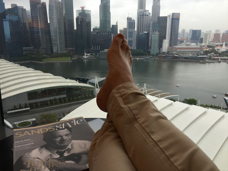 MARINA BAY SANDS HOTEL review The Walking Critic room view